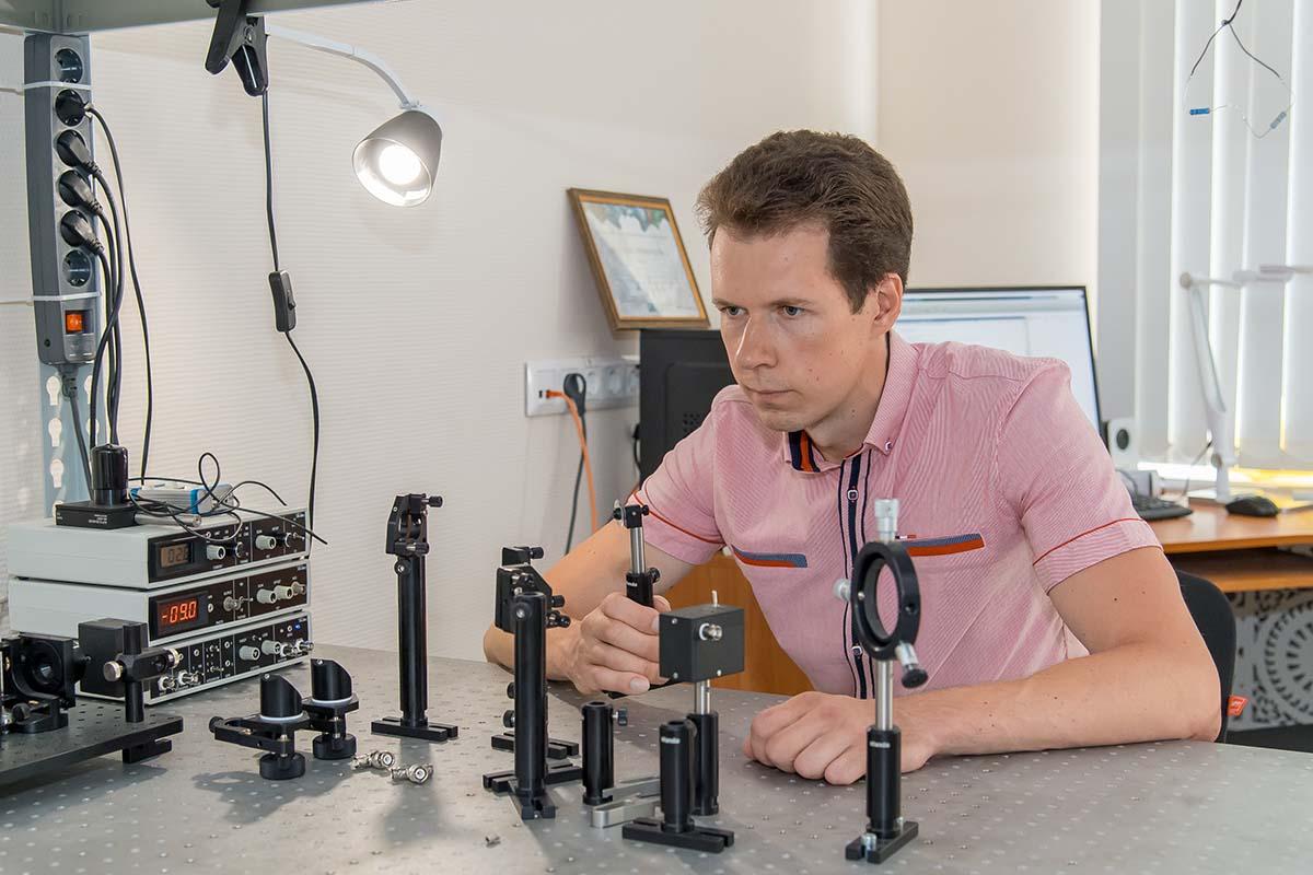 Новые явления в атоме открыли специалисты петербургского Политеха
