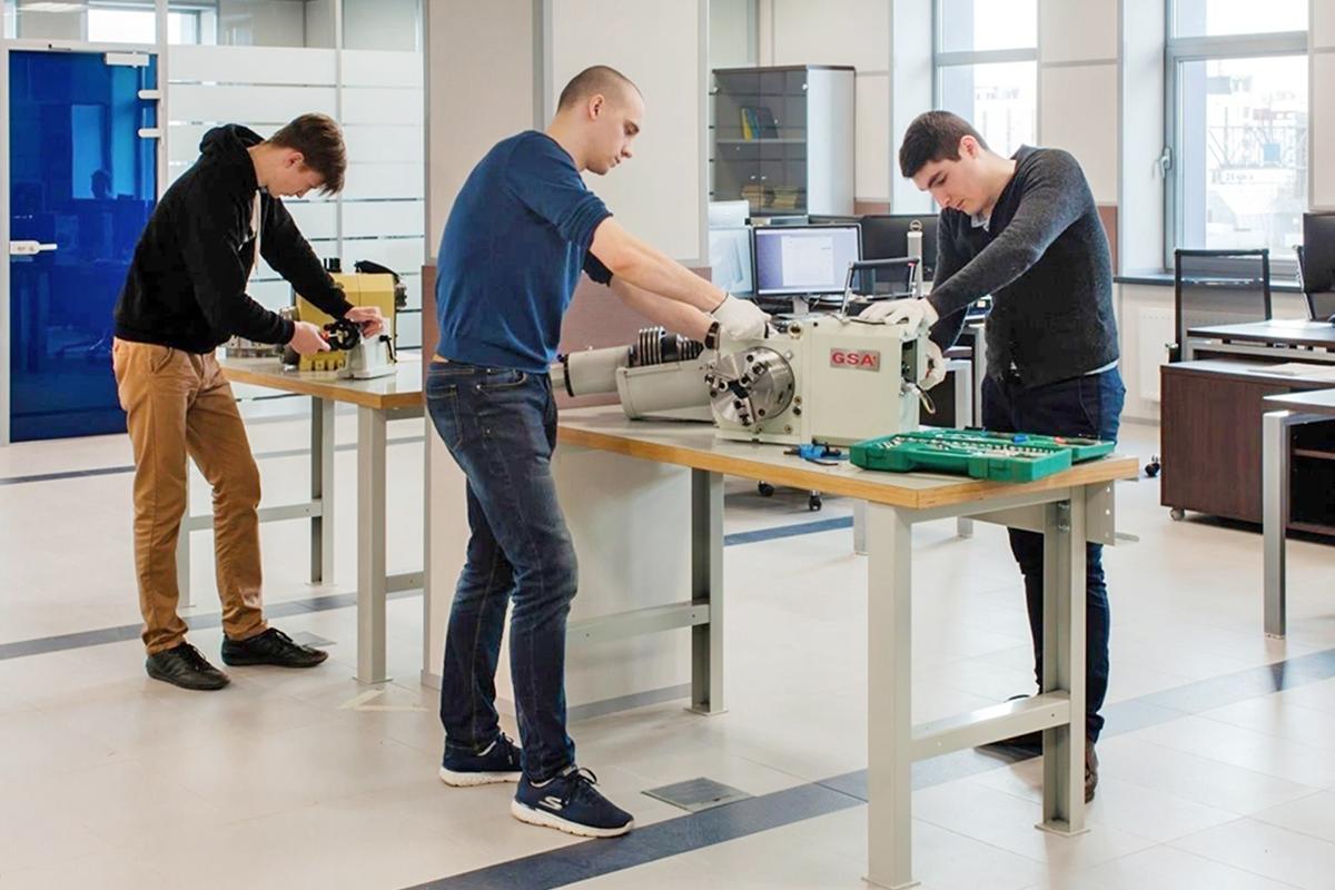 «Силовые машины» открывают студенческое конструкторское бюро в Политехе