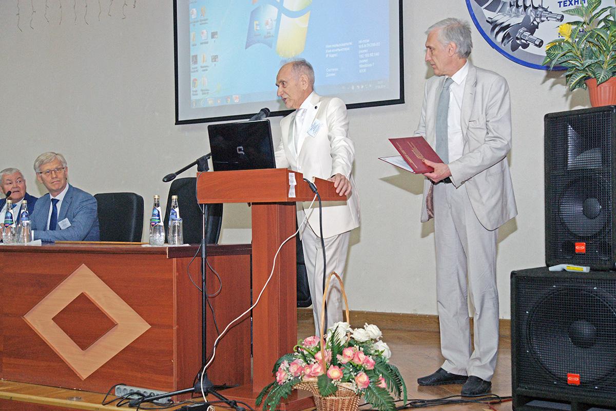 Лаборатория Политеха «Газовая динамика турбомашин» награждена премией имени В.Б. Шнеппа в области компрессоростроения