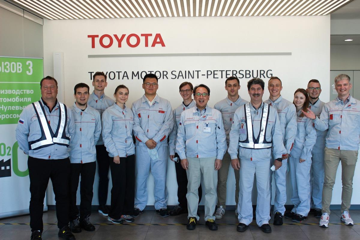 Студенты Политеха проходят стажировку в Тойота